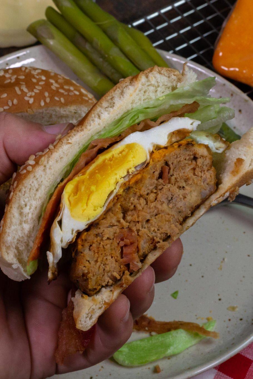 Spicy Bacon Cheddar Burgers Recipe